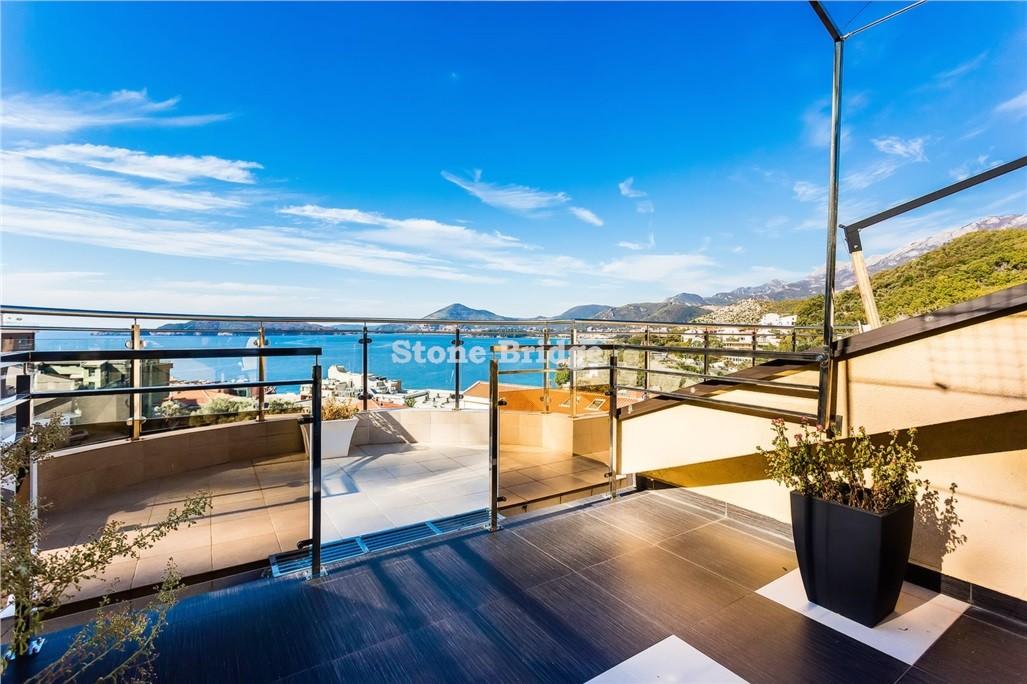 Недвижимость в черногории у моря купить